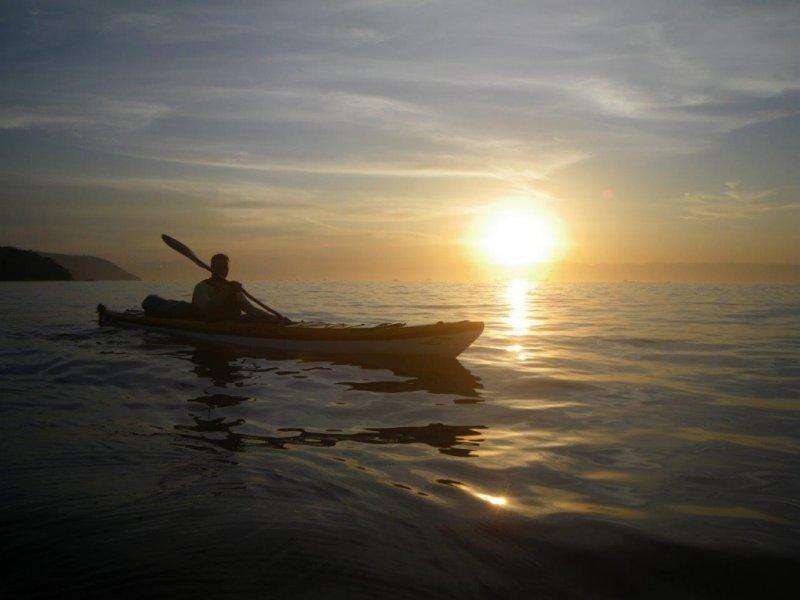 Pacote de Viagem de Caiaque Oceânico na Ilha Grande