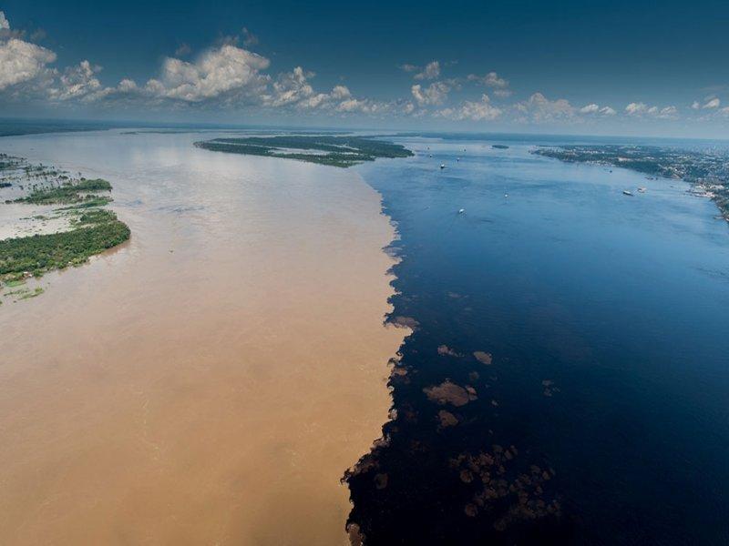 Encontro das águas em Manaus