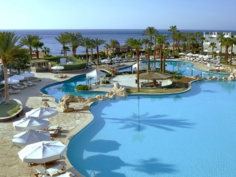Piscina do Hotel Hilton Waterfalls em Sharm el Sheikh