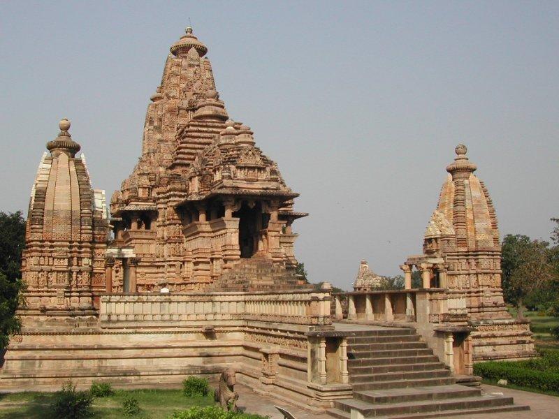 Khajuraro Temple
