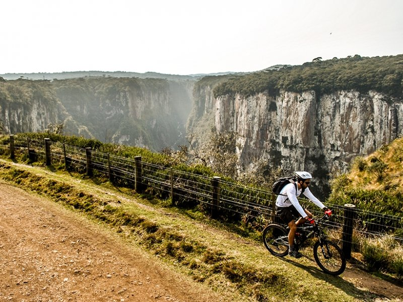 Passeio de Bike pelo Cânion Itaimbézinho