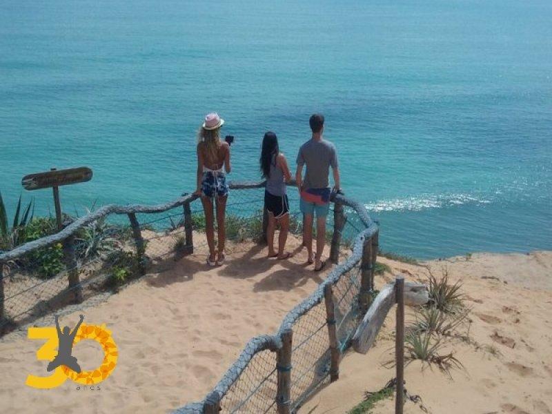 Mirante para as Praias dos Golfinhos no Santuário Ecológico
