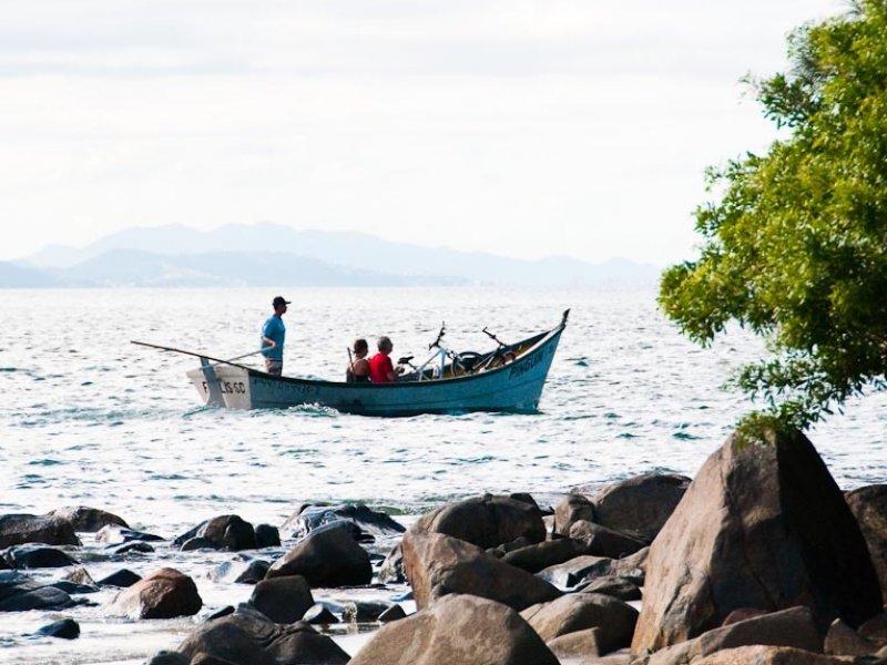 Travessia Continente à Ilha