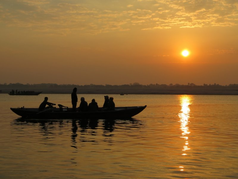 Amanhecer no Rio Ganges - Varanasi