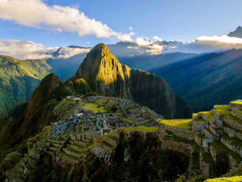 Machu Picchu: Aventura e Cultura na Cidade Sagrada dos Incas