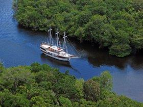 PROMOCIONAL - Amazônia - Navegação pelo Rio Negro - M/V Desafio
