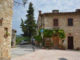 Grupo Junho - Itália Cicloturismo - As Paisagens da Bela Toscana