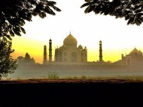 REVEILLON - Índia - Triangulo Dourado, Khajuraho e Varanasi
