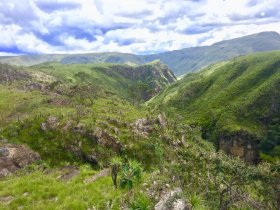 FAST TREK - Serra da Canastra - Trekking Delfinópolis x Vale da Gurita