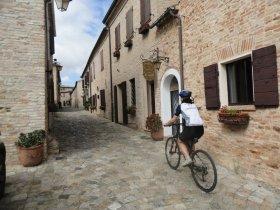 GRUPO SETEMBRO - Itália Cicloturismo – Costa Adriática e Castelos Medievais