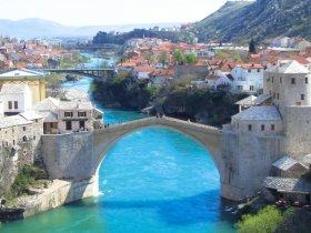 Croácia com Navegação na Costa da Dalmácia e Balcãs