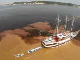 CARNAVAL - Amazônia - Navegação pelo Rio Negro - M/V Desafio