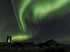 Islândia - Paisagem Invernal e Aurora Boreal